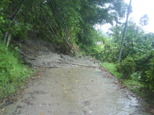 A lil' mudslide that blocked a path to the outside world XD